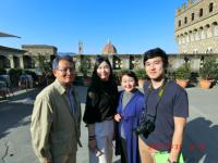 フィレンツェ観光半日 「芸術鑑賞+ミケランジェロの丘からの絶景」 ご家族旅行