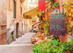 イタリアでは、クリスマスのお飾りをする日は決まっている!?